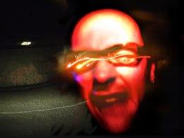 autoportrait dans le garage